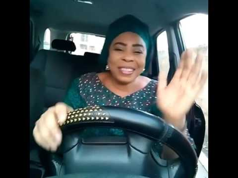 Toyin Adewale (Mayokun's Mum) Singing Eleko.