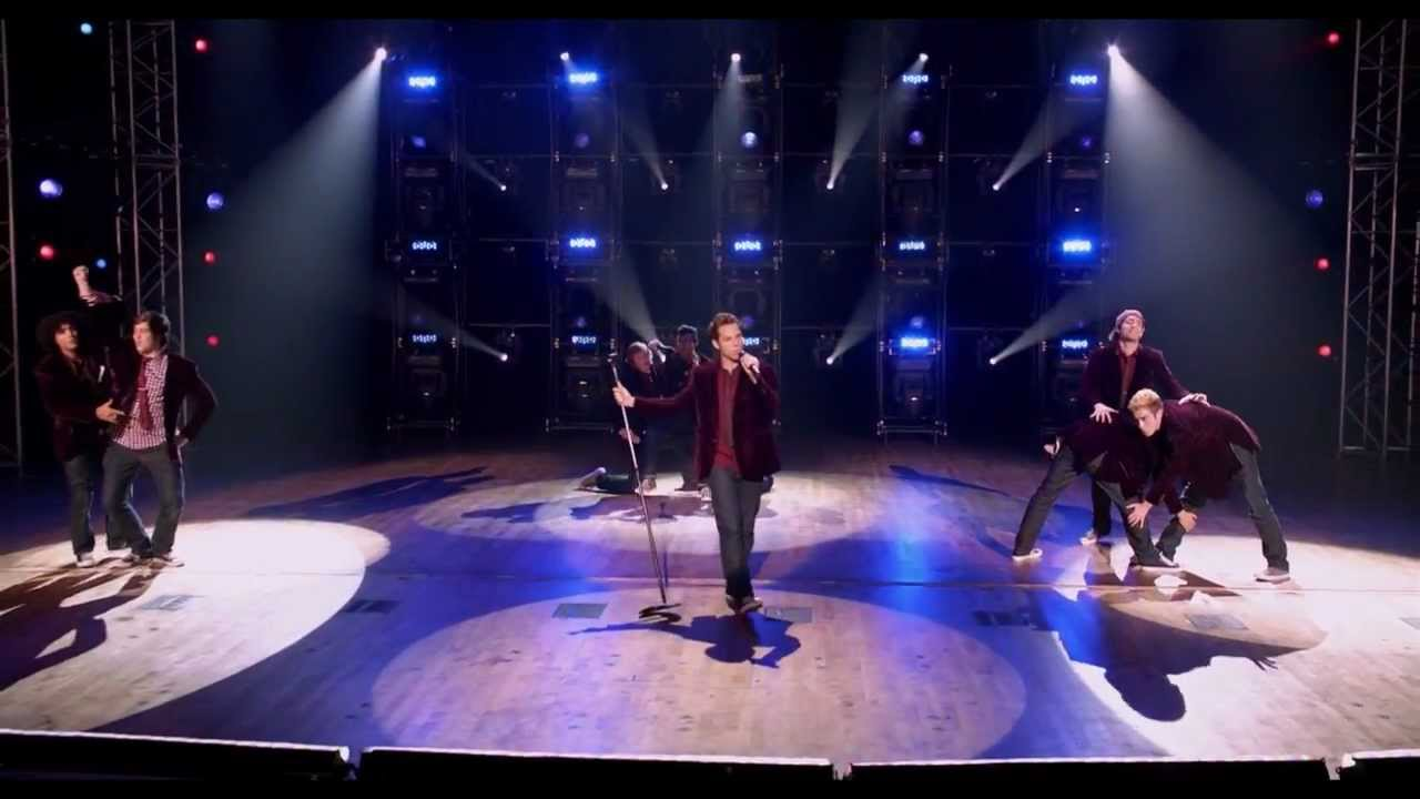 Pitch perfect treblemakers finals youtube - Pitch perfect swimming pool scene ...