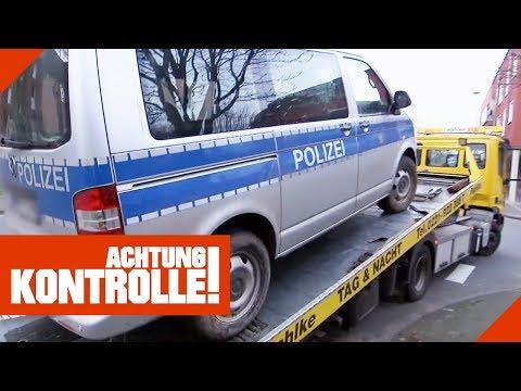 Polizeiauto muss abgeschleppt werden! Was ist passiert?   Achtung Kontrolle   kabel eins
