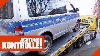 Polizeiauto muss abgeschleppt werden! Was ist passiert? | Achtung Kontrolle | kabel eins