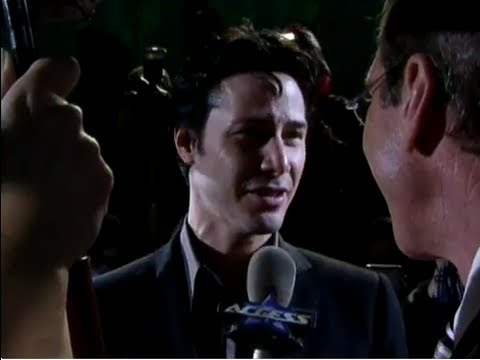 Keanu Reeves interacts with fans at the Matrix Revolutions World Premiere
