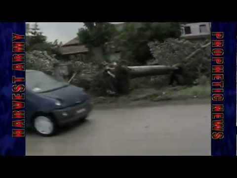 ITALY Dreadful .. TORNADO ..  Rips VENICE Houses, Parks, Ships, Trucks, Many Injured 6.13.12