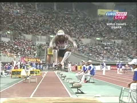 World Championship Osaka 2007 Triple Jump Final part 2.wmv