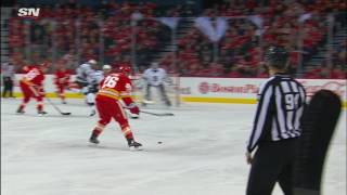 A faster-than-normal end to Quick's night after allowing two quick goals by Flames