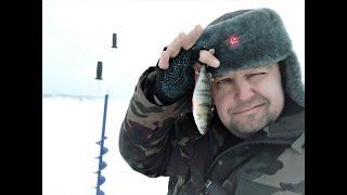 Часть 2 Зимняя рыбалка на Горьковском водохранилище Живем в УАЗ буханке автодом