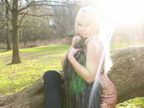 NEW SINGLE!!! Angela Everwood - Burn Out Bright (Audio)