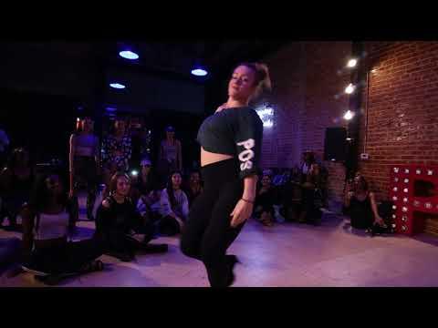 "Kiana Smith ""Either Way"" Choreo by Aliya Janell"