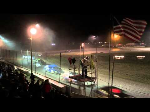 Madras Speedway - Madras, Oregon -  Racing Action!