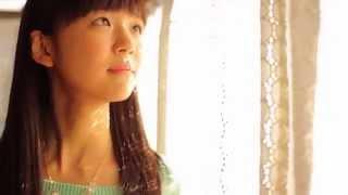 2014年10月1日発売の両A面5thシングルから『背伸び』のミュージックビデオ 「Greeting ~宮崎由加~」ダイジェスト.