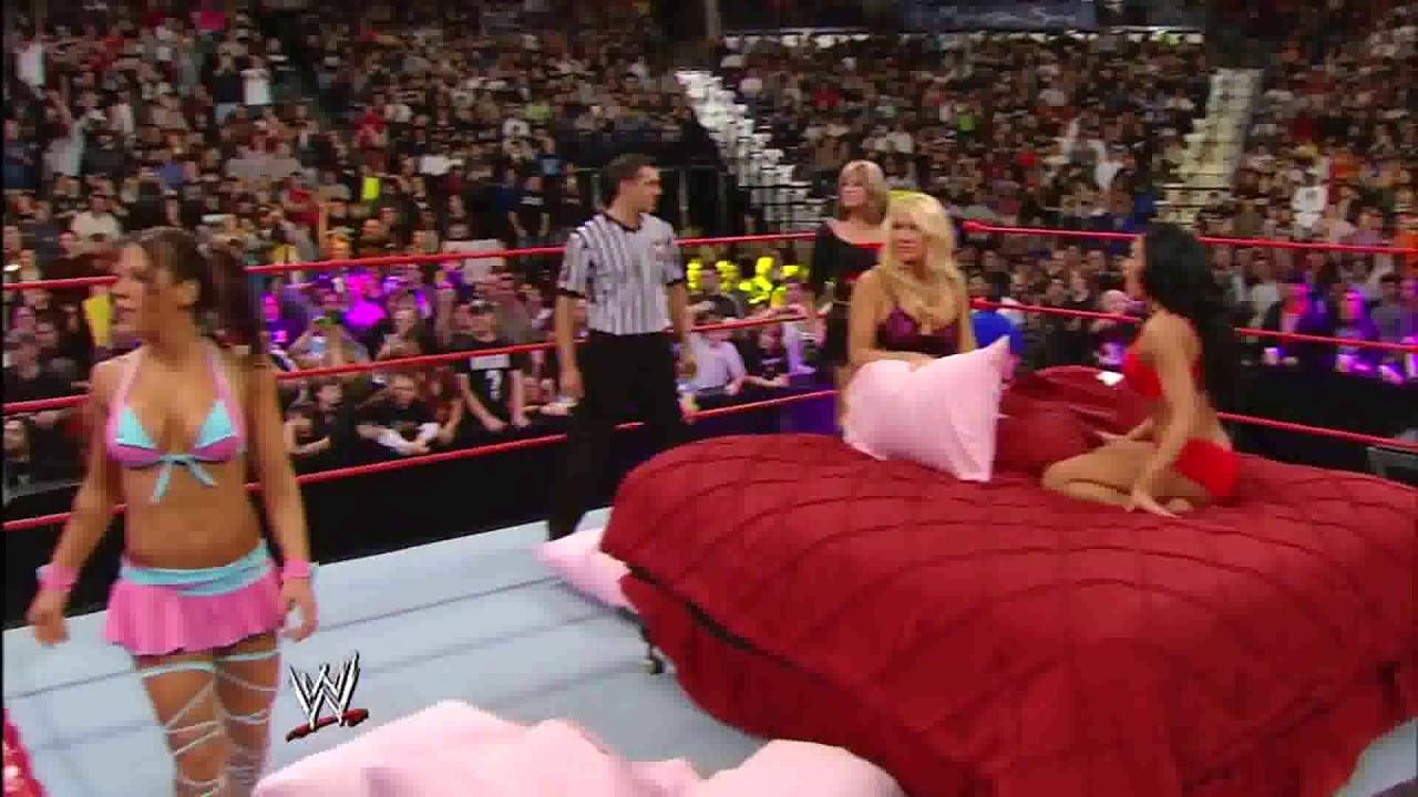 WWE RAW 07/01/2008│WWE Divas Lingerie Pillow Fight