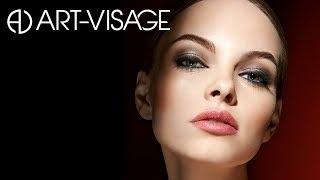 Урок по макияжу от Сергея Турчанинова: Макияж в технике SMOKY EYES