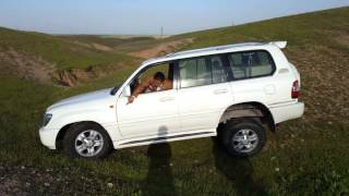South kurdistan Hawler test drive toyota land cruiser 2007 vxr v8  without diff lock