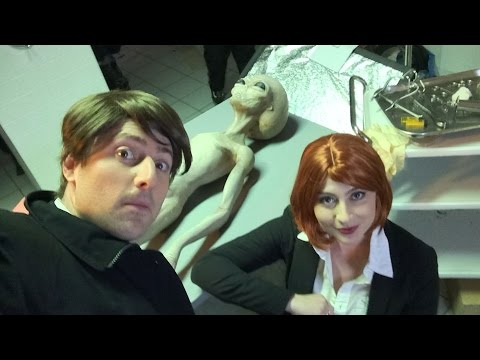 X-Files Theme Song (with Lyrics) - Goldentusk