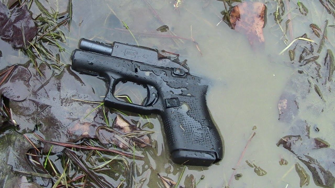 Glock 42 380 In To The Pond Youtube