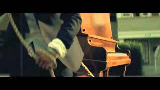 Bruno Mars - Long Distance [Music Video] - YouTube.flv(music for all who have a long distance relation...=(, 2011-11-24T22:38:05.000Z)