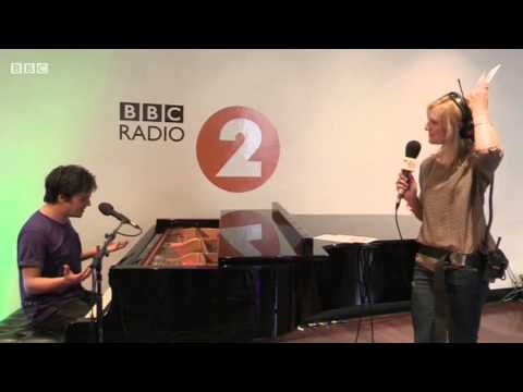 Jamie Cullum covers Rihanna for Jo Whiley (2DAY 2013)