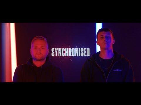 Смотреть клип Warface & D-Sturb Feat. Carola - Synchronised