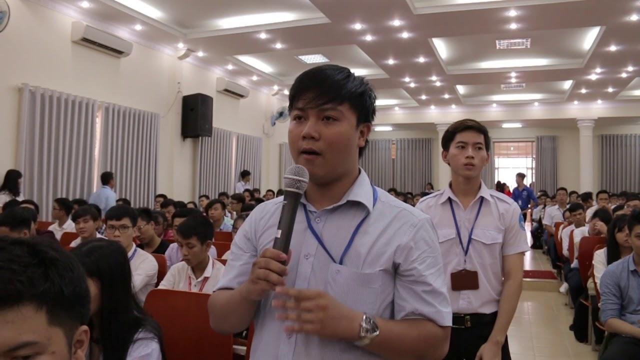 Ý kiến của sinh viên | Đối thoại với lãnh đạo nhà trường | 2017.09.16.(02)