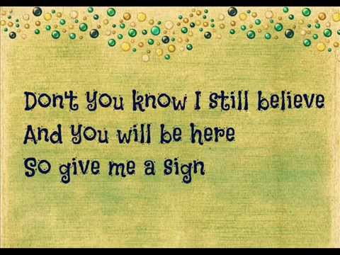 Ed Sheeran - Hit me baby one more time (lyrics)