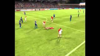 Летающий игрок в FIFA 13(, 2013-04-22T17:21:45.000Z)