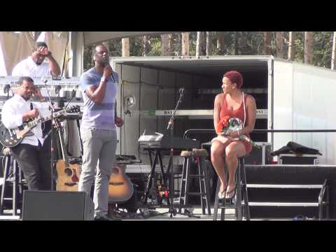 Brian McKnight serenades Davina at Winter Park Jazz Festival 2014