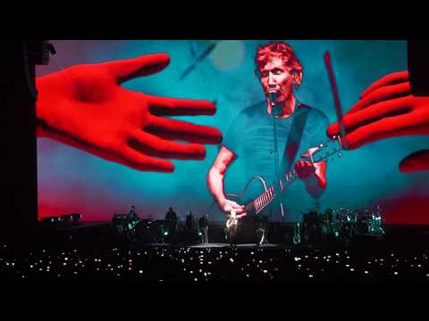 HD Pink Floyd - Roger Waters - Barcelone 2018 - One Of These Days - Palau Sant Jordi