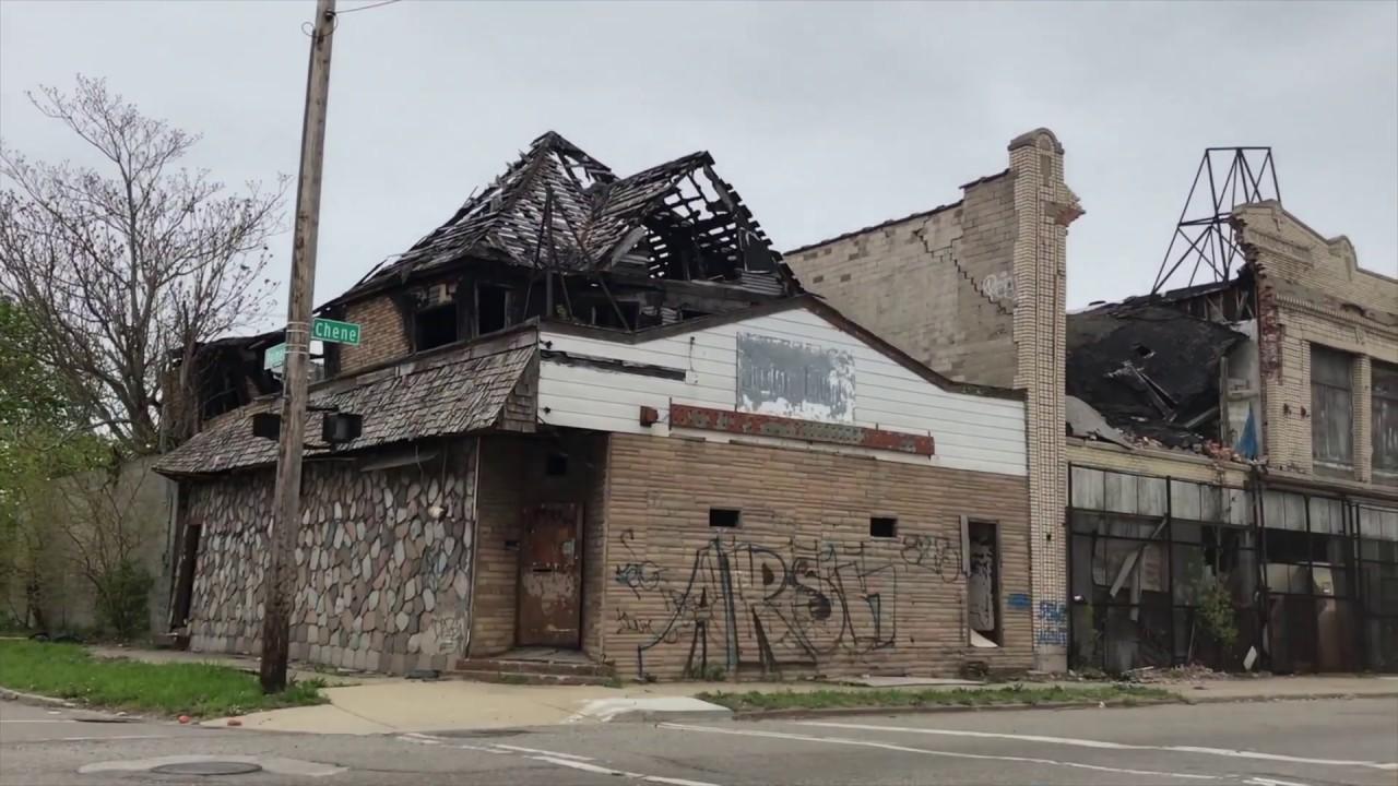 Deurbanization in detroit