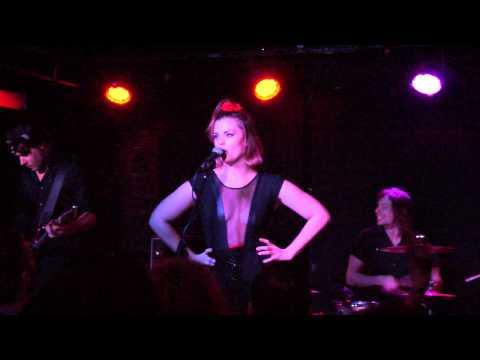 Ida Maria - Oh My God (live @ Mercury Lounge, NYC December 3rd, 2013)