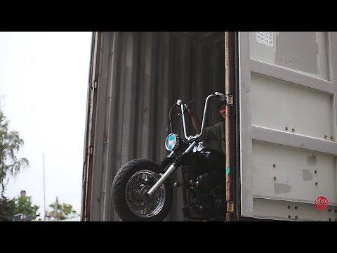 Прибытие новых мотоциклов. Разгрузка контейнера. Июнь 2017 Днепропетровск.