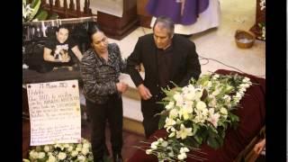 Rey Mysterio sin mascara en funeral del Hijo del Perro Aguayo, fue incinerado