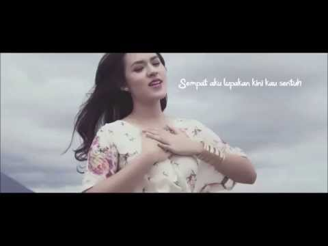 Raisa - Jatuh Hati (Lyrics) HD