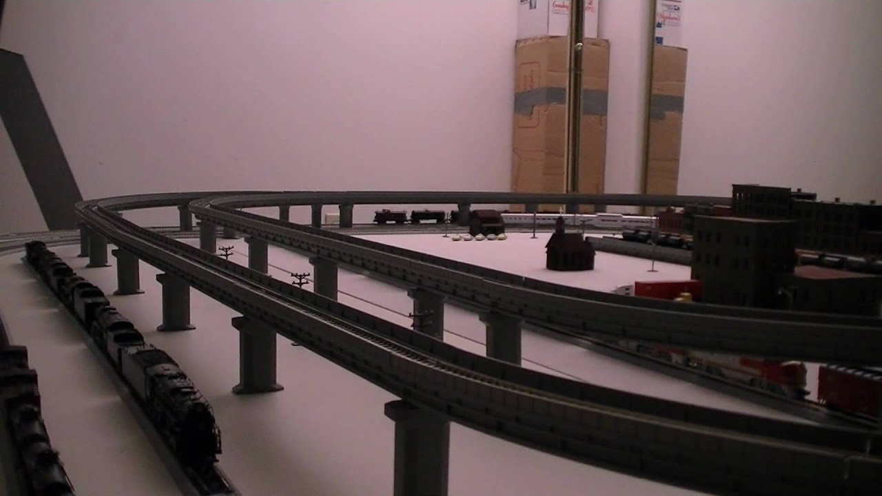 Kato N Scale Unitrack Layout Train Video 1