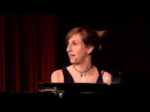 Sarah Hakenberg - Warburg