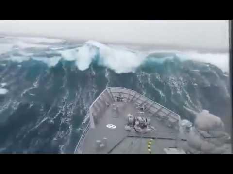 Incredible Video - NZ Navy HMNZ Otago in Rough Sea