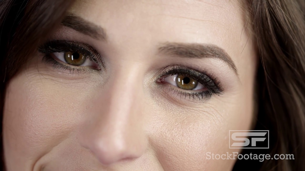 Pretty Ladies Face In Ephremtube: Close Up View Of Pretty Woman's Face