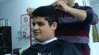 Bir Gencin Saç kesimi