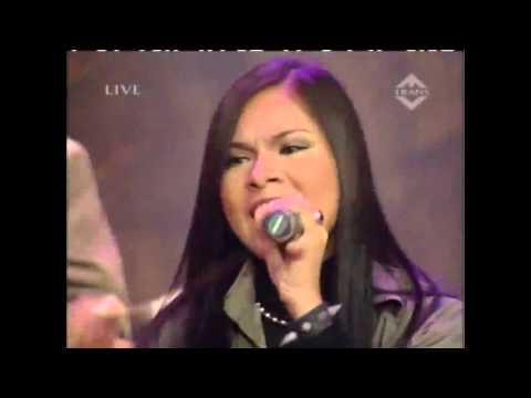 iwan fals feat tere   lagu cinta eksklusif 01 05] flv   YouTube
