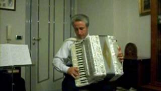 The Benny Hill Show Theme - Yakety Sax - Accordion Acordeon Accordeon Akkordeon Akordeon