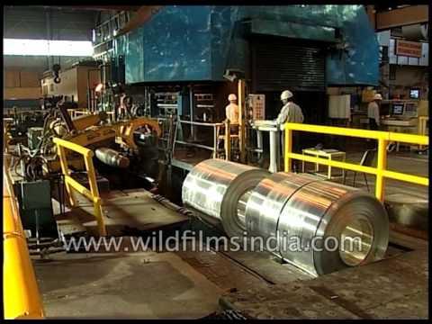 Producing thin aluminium sheets at a factory in India