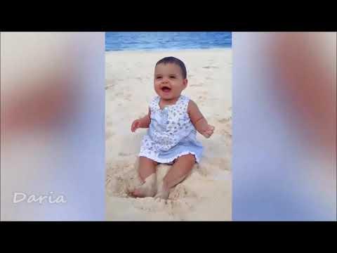 Смешные моменты с детьми на пляже! ПРИКОЛЫ!