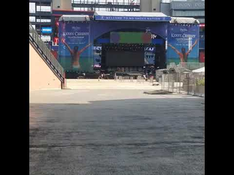 Kenny Chesney Band sound check (Part 2 of 2) - Never Wanted Nothing More