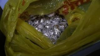 При обыске квартиры наркодилеров полицейские нашли полкило героина