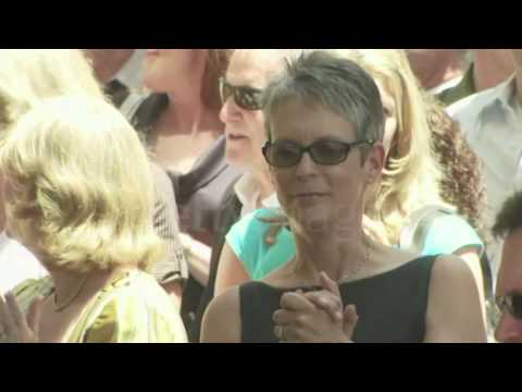 Jamie Lee Curtis (2008 Susan Saint James Receives a Star on the Hollywood Walk of Fame)