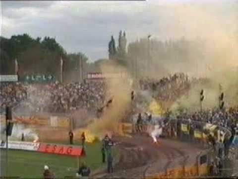 Dresdner SC vs. Dynamo Dresden - Pyro.