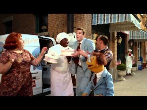 """""""I've Got Everything That I Need"""" Clip   The Muppets (2011)   The Muppets"""