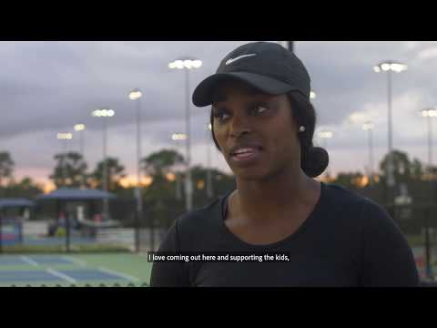Sloane Stephens Surprises Young Tennis Players
