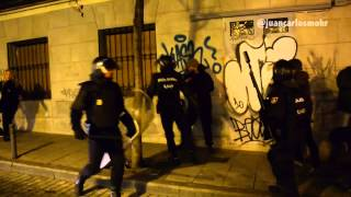 Secretas Deteniendo A Gente En La Mani De Madrid 8-2-2014