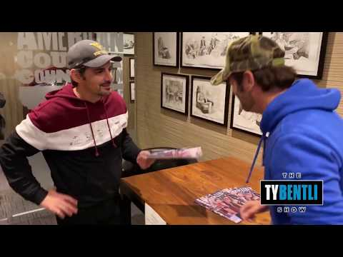Brad Paisley Unexpectedly Attends A Chuck Wicks Autograph Signing - The Ty Bentli Show