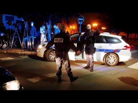 فرنسا: النيابة العامة لمكافحة الإرهاب تحقق في جريمة قطع رأس أستاذ تاريخ قرب باريس
