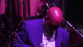 Earth, Wind & Fire's Larry Dunn - Be Ever Wonderful Live